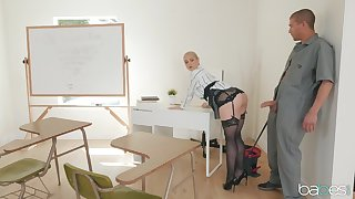 Teacher Sarah Vandella relating to stockings spreads her wings be fitting of a fat cock